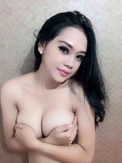 New Comer In Bali With big boobs // RIA \