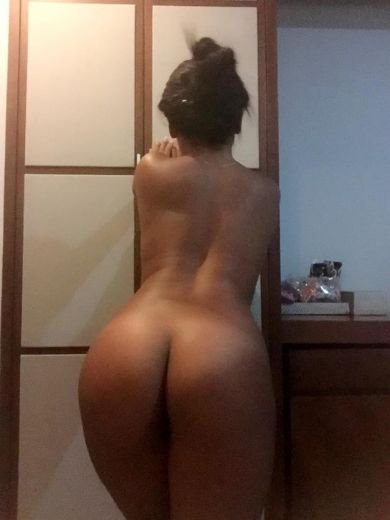 Young girl sexy ass